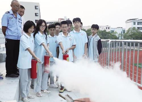 峡江县开展消防安全进校园活动